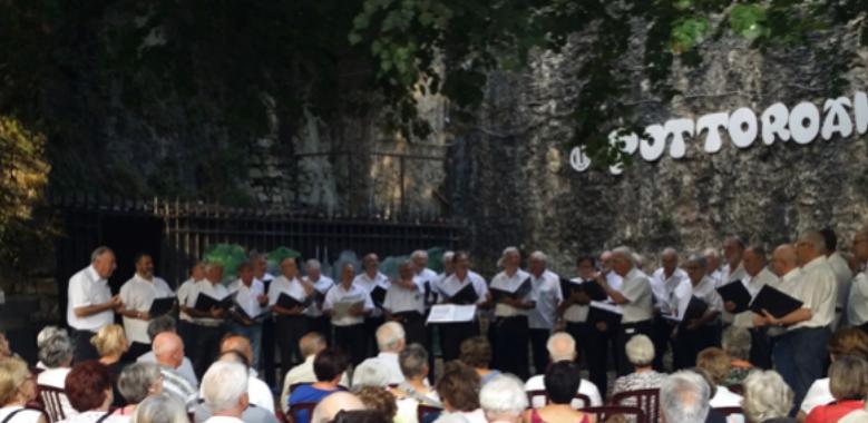 (Français) L'été chantant du Choeur Pottoroak à Bayonne